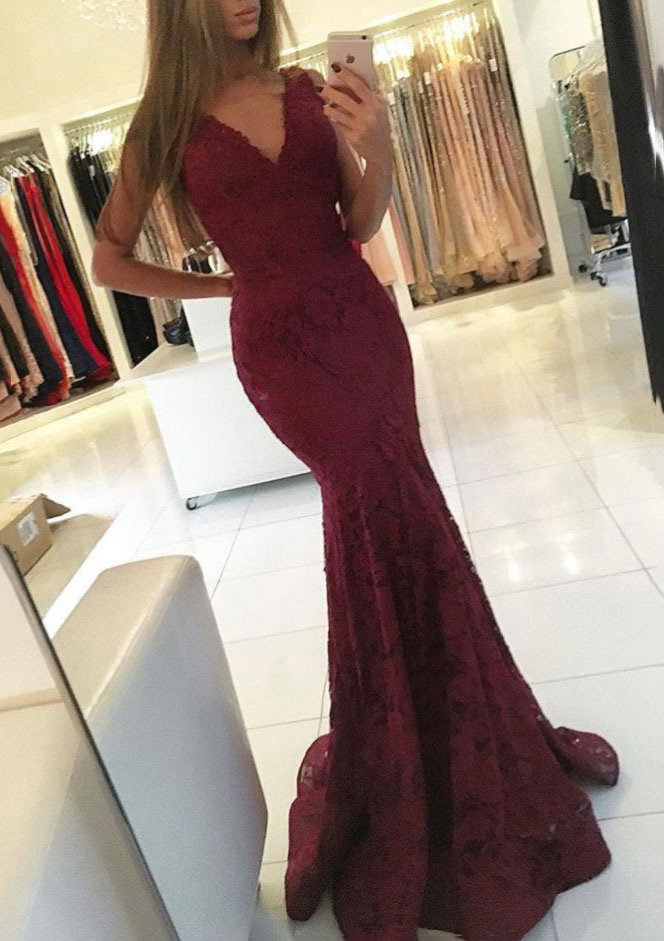 9d149705fdd Lace Prom Dress Trumpet Mermaid V-Neck Sweep Train With Pleated