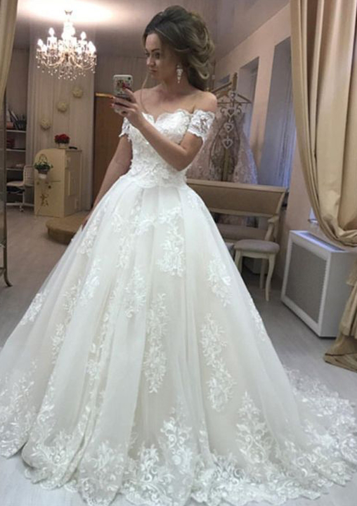 Ball Gown Off,the,Shoulder Short Sleeve Court Train Tulle Wedding Dress  With Appliqued